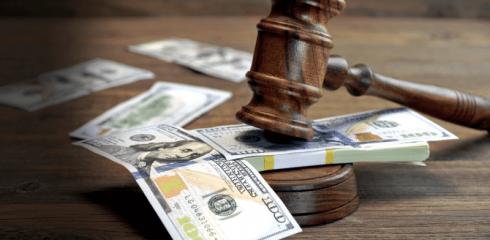 Банк подал в суд за неуплату кредита: что делать?